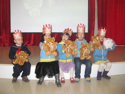 青岛小哈佛幼儿园——3月份生日宝宝>的照片